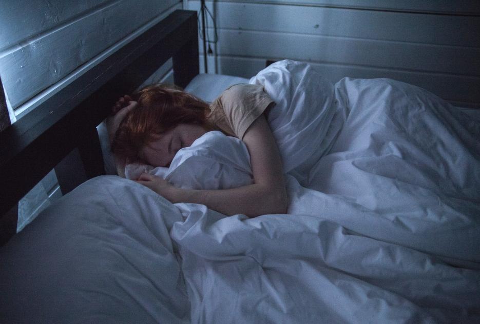 Il sonnellino pomeridiano migliora la salute e riduce lo stress